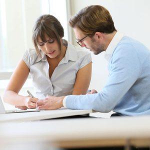 Psicologo en supervisión de casos clinicos